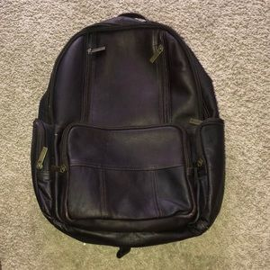 Laptop carrying backpack
